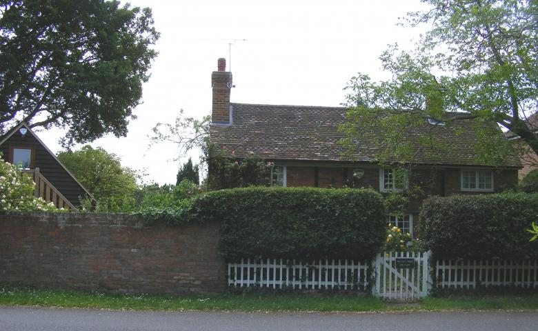 Walnut tree cottage (nr pond) [Y Jones]